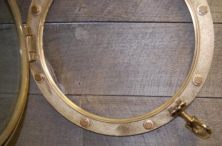 21inch-heavy-duty-brass-porthole-thm.jpg